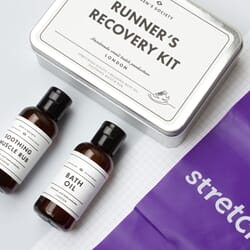 MS1018_Rel RUNNERS RECOVERY KIT, ANGLE, CONTENTS, SQUARE.jpg