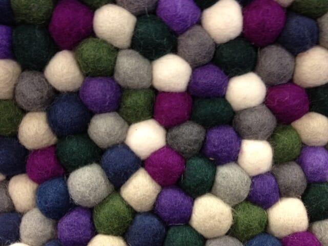 Hay teppe pinocchio purple Ø:90cm   lunehjem.no   interiør på nett