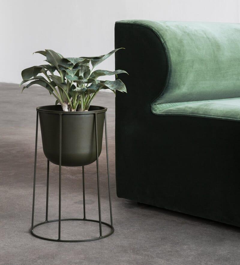 Seriøst Menu Wire Plantestativ + potte M Olive - Lunehjem.no - interiør på YZ-91