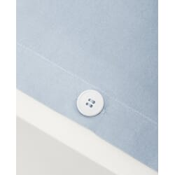 pd-sb_Rel Tekla_pack_button_cotton_percale_light_blue.jpg