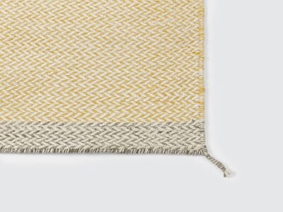 18524-11 Ply_rug_yellow_detail_low-res_1.jpg