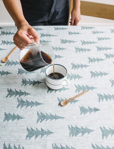 F75112-52 tablecloth_gran_wovendarkgreen_finelittleday3.jpg