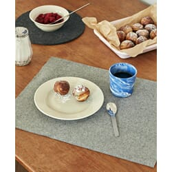 502563_Rel Marbled Cup blue_Place Mat grey_Dish Mat dark grey_Enamel Tray soft pink.jpg