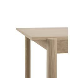 30916_Rel Linear-wood-oak-table-200-detail-6-Muuto-5000x6667-hi-res.jpg